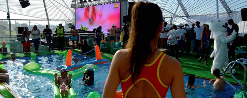 Rizzo e Van Breda entre os artistas das Somersby Pool Parties do Rock in Rio